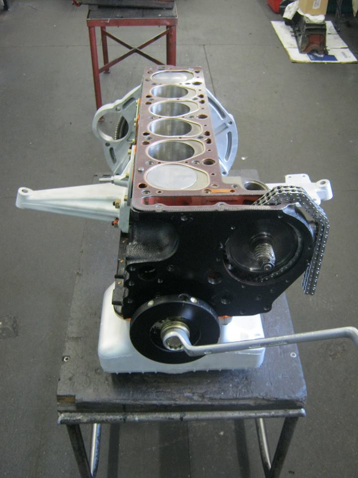 Motorüberholung 220 SEb Coupé W 111