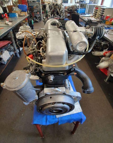 Mercedes Motorüberholung 200 D W123, W114