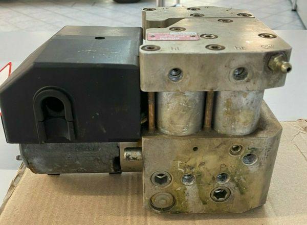 Hydraulikblock Bosch 0265202005 ABS Pumpe, ASR Steuereinheit E500 / 500E / E60 A0024312012