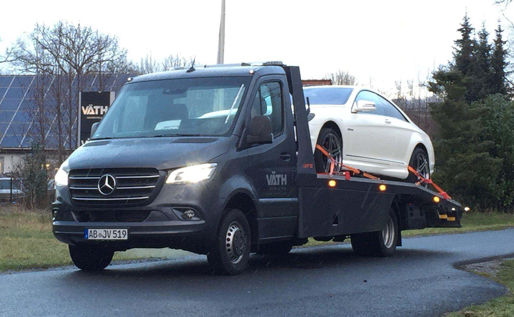 Mercedes-Benz Sprinter 519 CDI - Der neue Abschleppwagen von VÄTH
