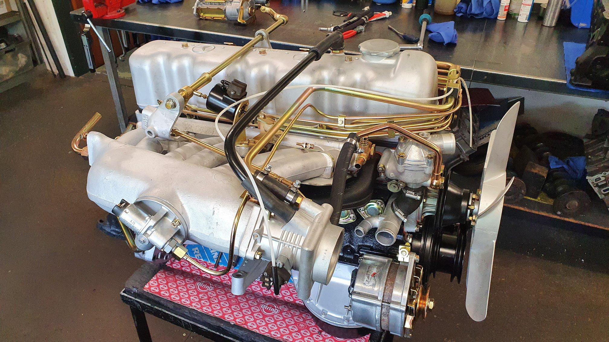 Motorüberholung einer 280 SL Pagode